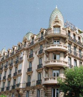 Hôtel KYRIAD Nice Gare ***